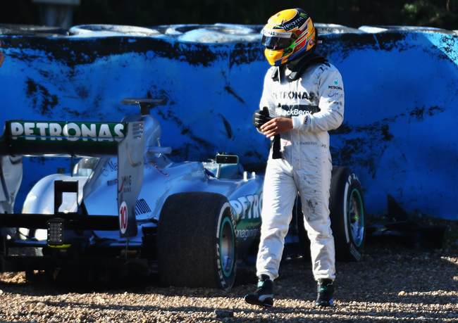 Lewis Hamilton Accidente Test Jerez