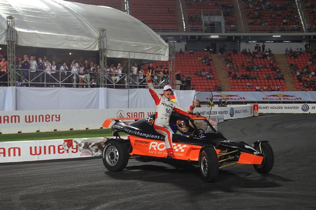 Michael-Schumacher-Sebastian-Vettel_Victoria-ROC-2012_6