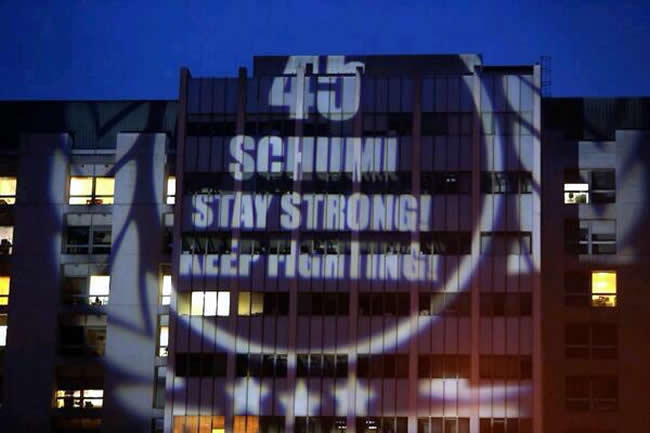 45-schumi-stay_strong-keep_fighting